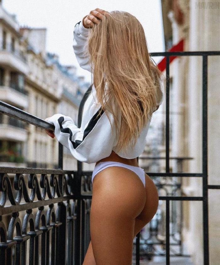 Московская модель и диджей фантастической красоты