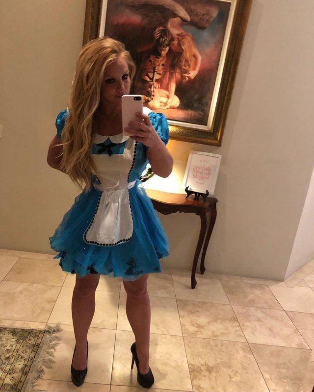 Бритни Спирс – 38 лет. Как сейчас выглядит поп-принцесса?
