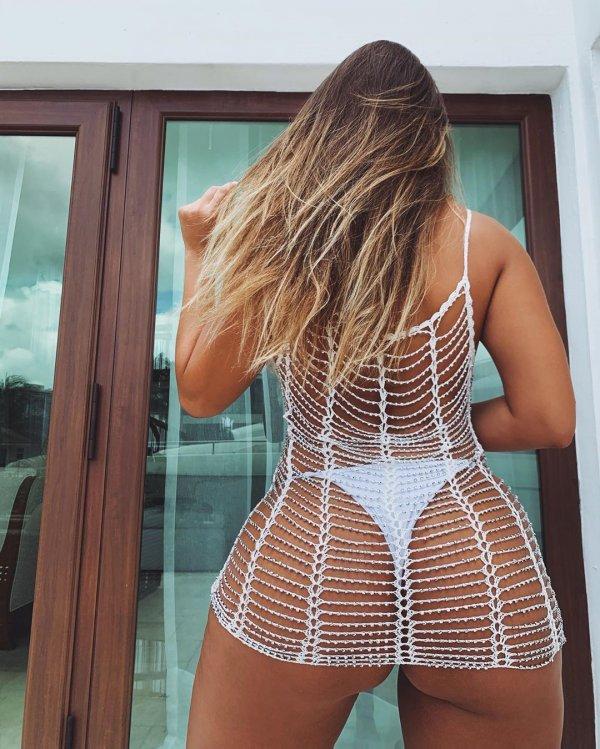Наталья Гариботто - горячая бразильянка, зарабатывающая до 400 тысяч долларов за год в Instagram