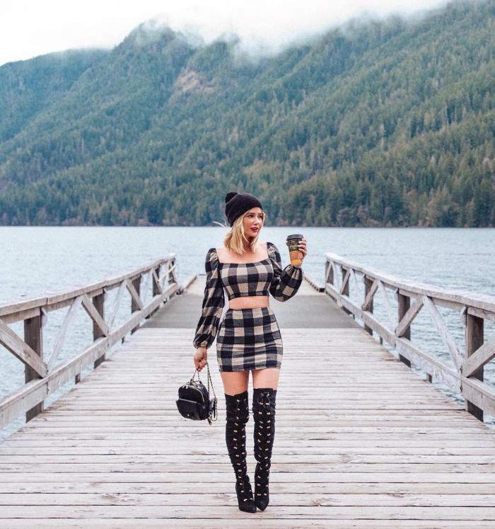 Сара Андервуд на фото в Instagram и Patreon