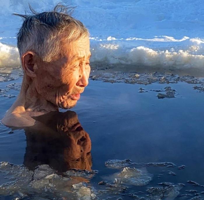Иностранцы в шоке от жителей Якутии, где температура упала до -59, а люди жалуются, что зима мягкая