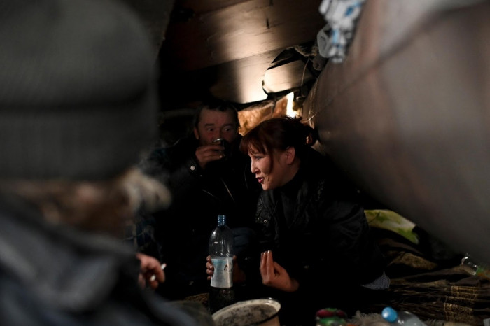 Как бездомные выживают зимой в Сибири