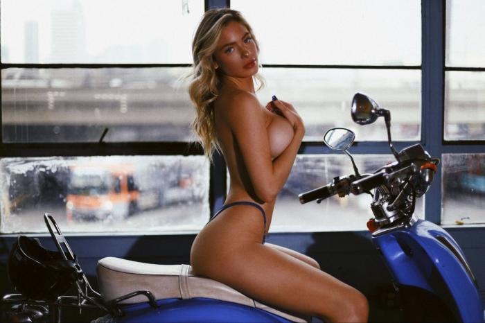 Ханна Палмер в горячей фотосессии
