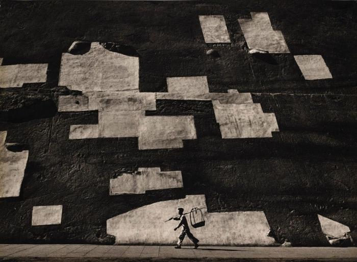 «Гонконг вчера» Китай 1950-х — 1960-х годов на уличных снимках Фан Хо
