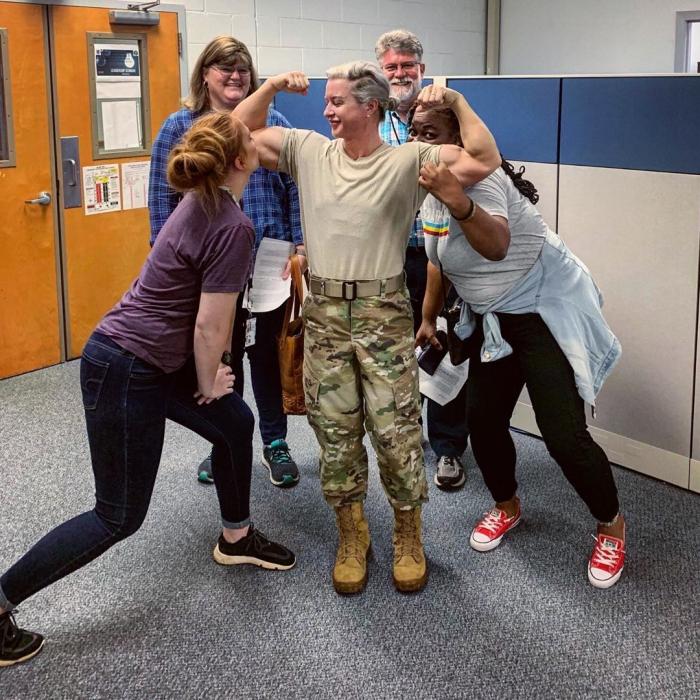 """Настоящие """"Руки-базуки"""": военнослужащая армии США Тесса Бойа"""
