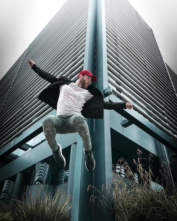 Кинематографичные селфи-снимки Марка МакГи