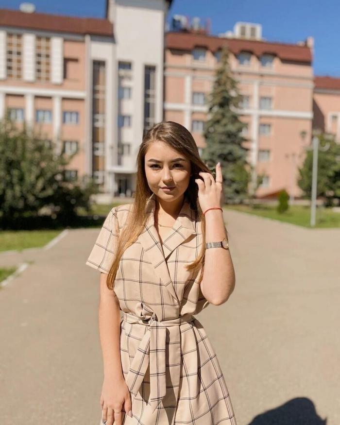 Симпатичные девушки, которые в этом году стали студентками