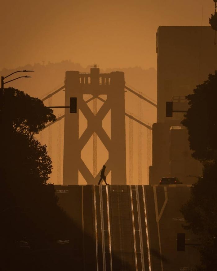 Городские улицы на снимках Рамона Брито