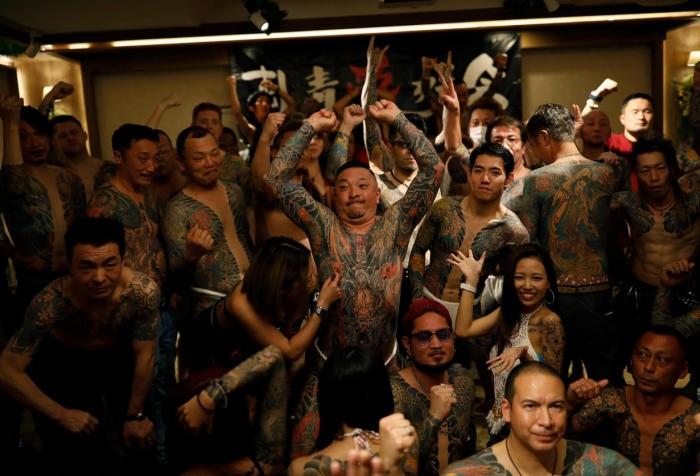 Поклонники татуировок из Японии