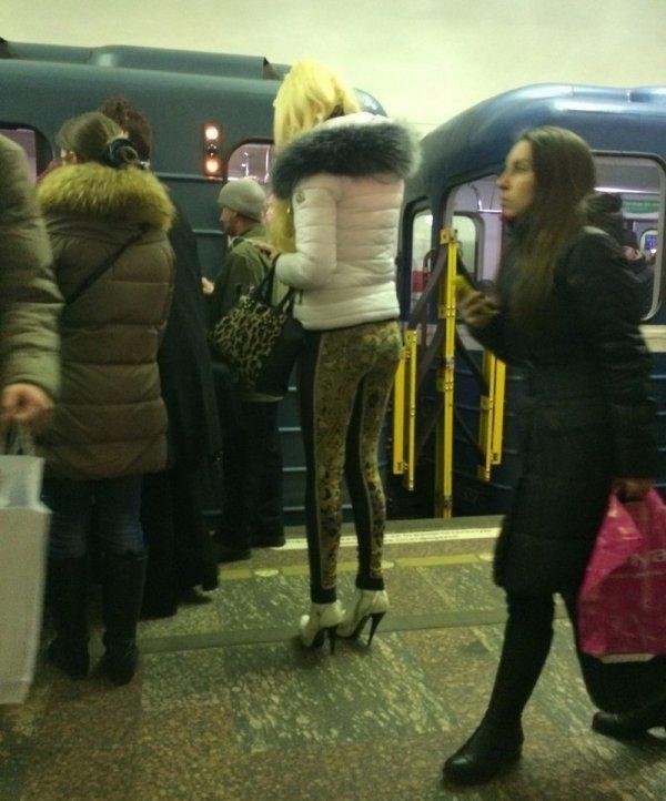 Модники и чудаки из метро