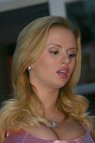 Анна Семенович (8 фото)